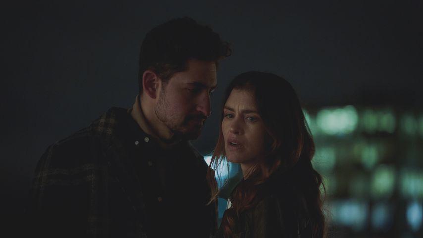 """Amir El-Masry und Hannah Ware in der Netflix-Serie """"The One"""""""