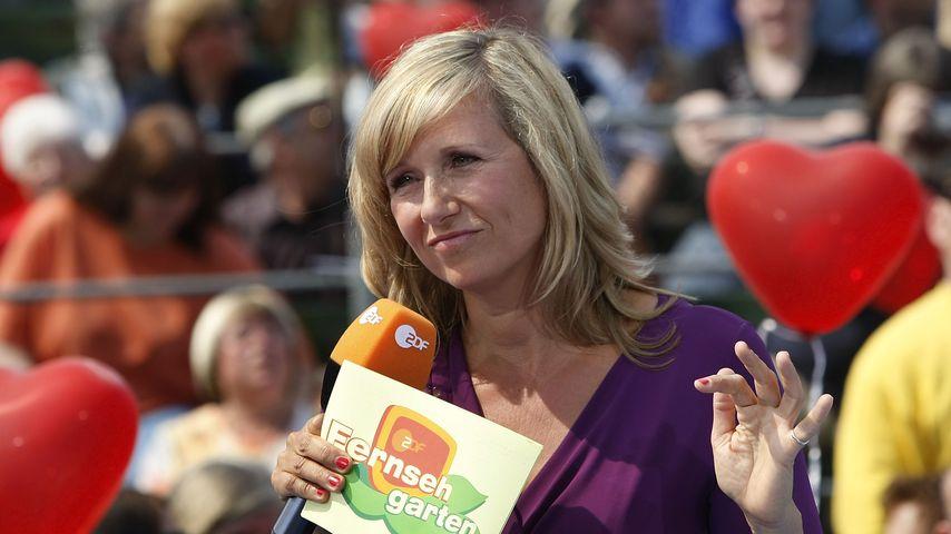 "Andrea Kiewel im ""ZDF-Fernsehgarten"", Mai 2009"