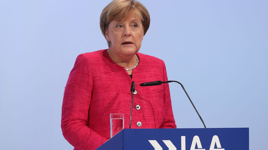 Angela Merkel auf der IAA 2017