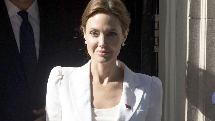 3. Ehe! Trug Angelina Jolie ein weißes Brautkleid?