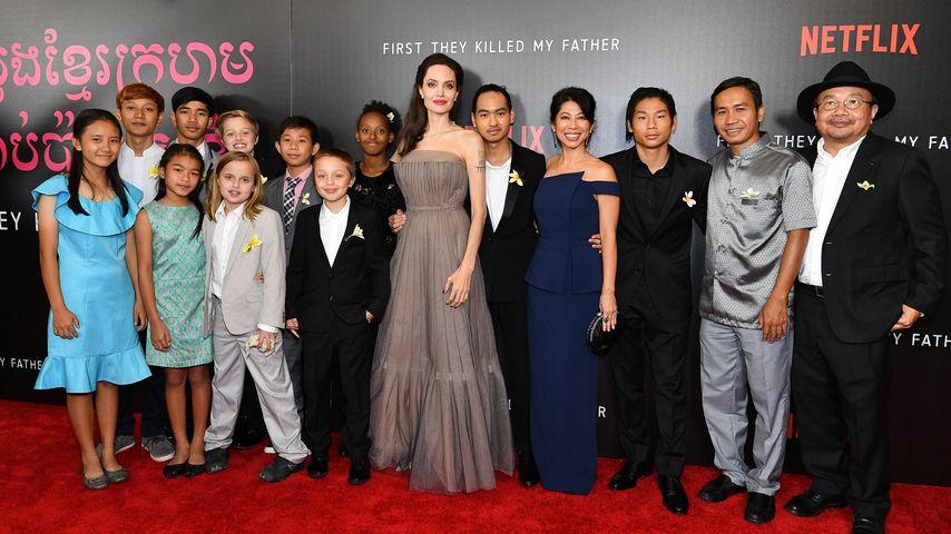Bitte? Angelina Jolie mit Pipi-Flecken auf dem Red Carpet!