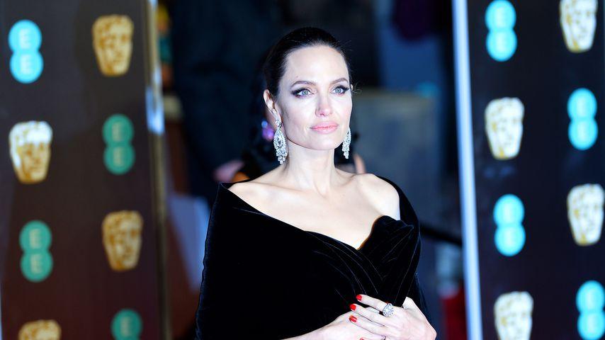 Rosenkrieg geht weiter: Angelina Jolie steht zu Forderungen