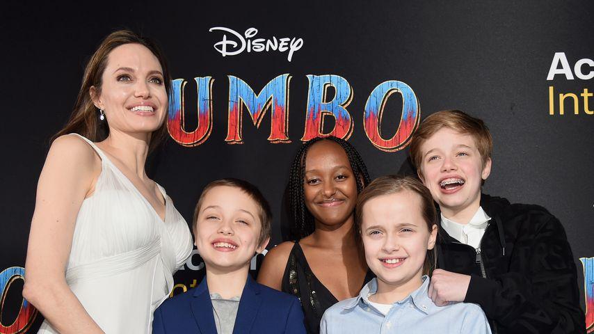 Angelina Jolie und ihre Kinder Knox, Zahara, Vivienne und Shiloh in Los Angeles