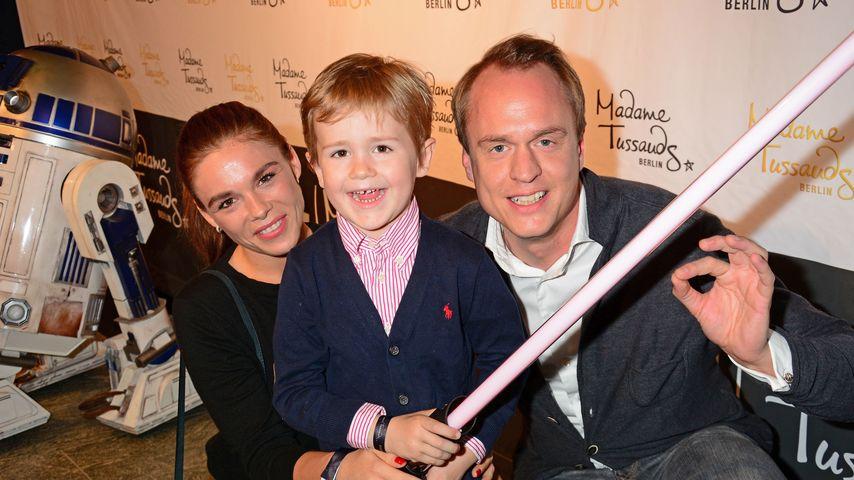 """Angelina und Alexander Posth mit ihrem Sohn Leon bei der """"Star Wars""""-Ausstellung"""