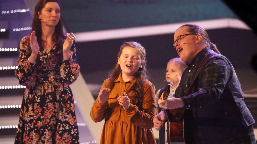 """Angelo Kelly und seine Familie in der TV-Show """"Die Schlager des Jahres"""" im November 2018"""