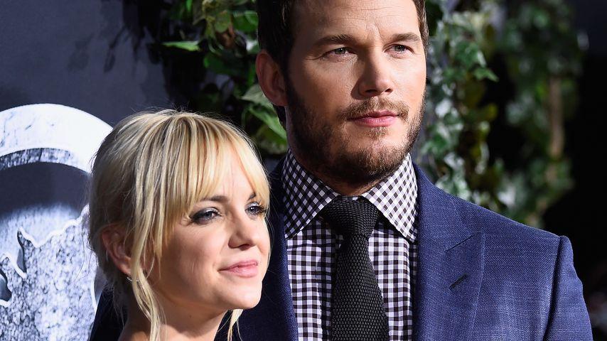 """Anna Faris und Chris Pratt bei der Premiere von """"Jurassic World"""" in Hollywood 2015"""
