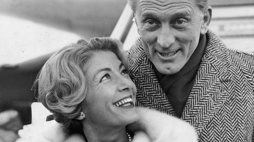 Anne Budyens und Kirk Douglas im Jahre 1960