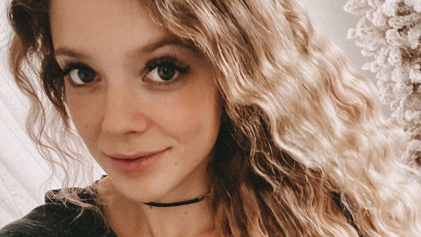 Wegen Lockenstab: Anne Wünsche bangt um ihre langen Haare