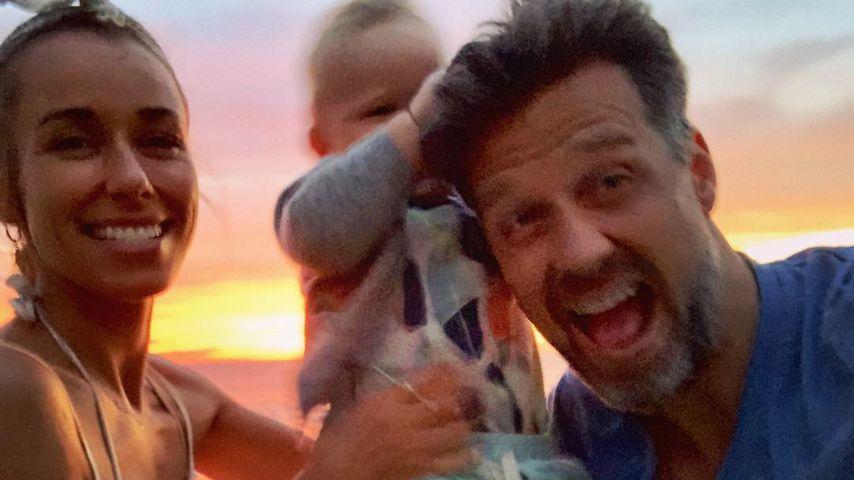 Annemarie und Wayne Carpendale mit ihrem Sohn im Maui-Urlaub