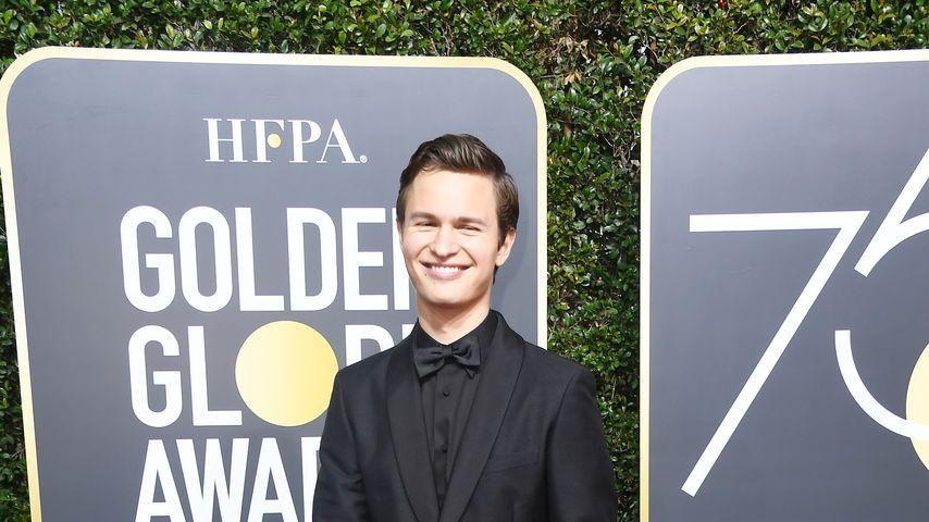 Ansel Elgort bei den Golden Globes 2018