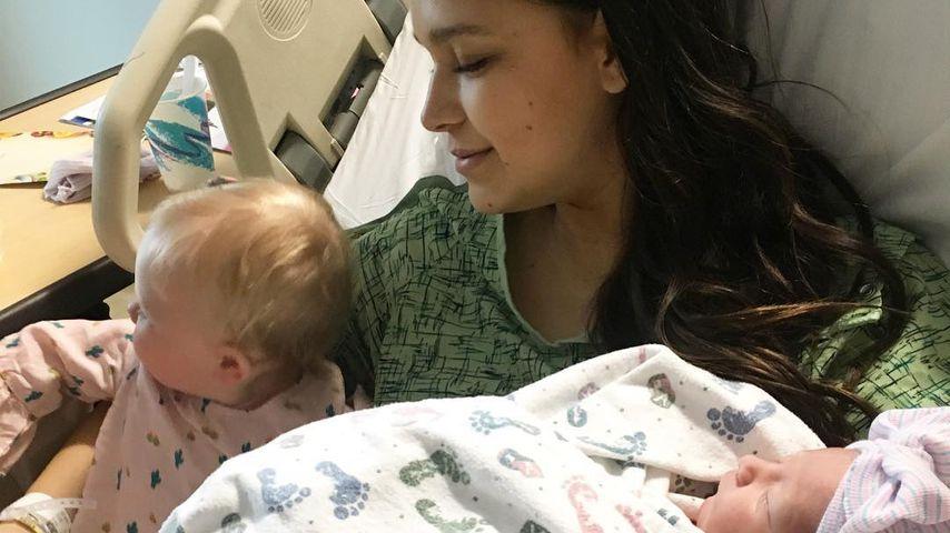 Robin Thickes April postet Klinik-Pic mit beiden Töchtern