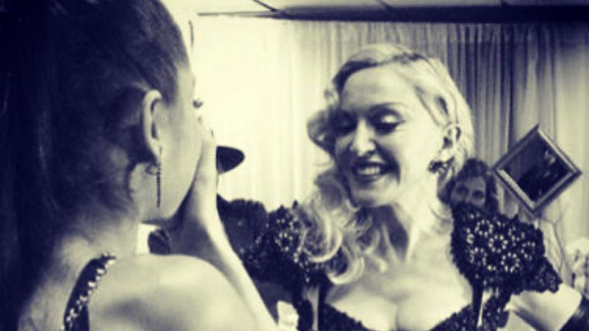 """""""So stolz"""": Madonna lobt Ariana für """"One Love Manchester""""!"""