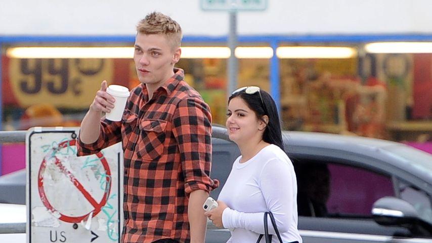 Ariel Winter und Levi Meaden Hand in Hand durch Los Angeles