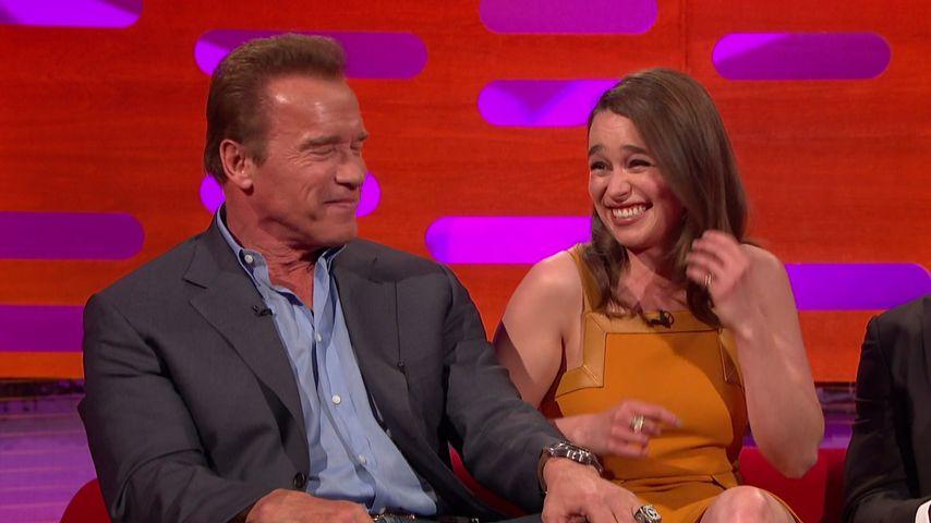 Emilia Clarke und Arnold Schwarzenegger