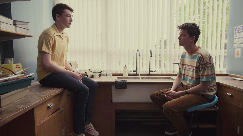 "Asa Butterfield (r.) in der Netflix-Serie ""Sex Education"""