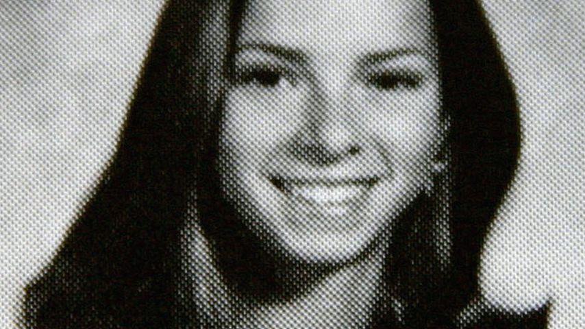 Ashley Ellerin, Model