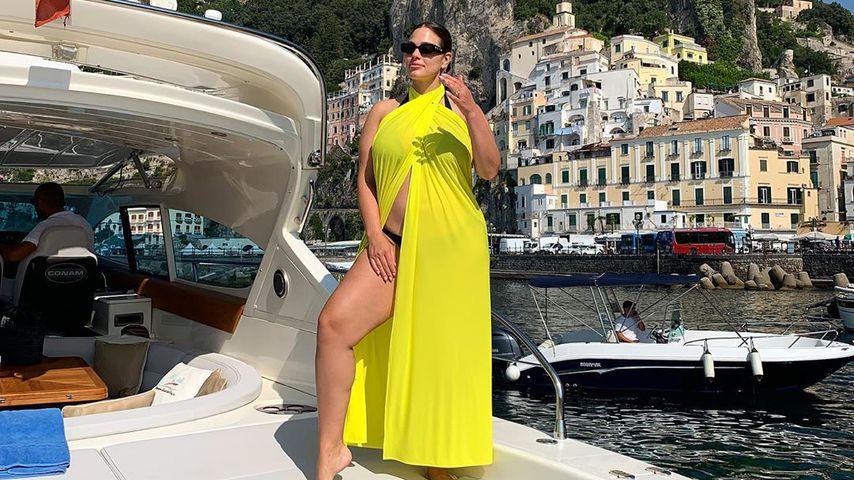 Ashley Graham im Juli 2019 in Italien