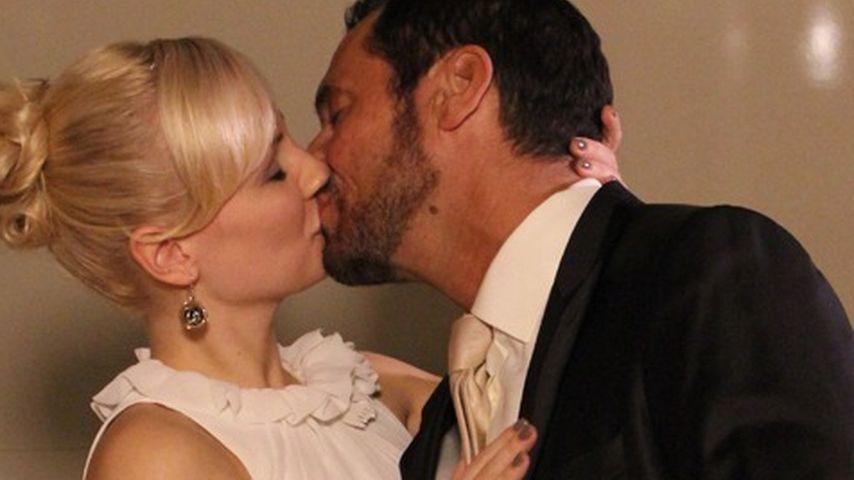 DAS AWZ-Schock-Paar: Seht hier die Hochzeits-Fotos