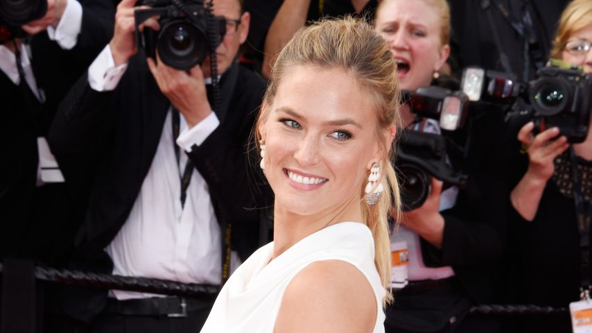 Bar Refaeli in Cannes 2015