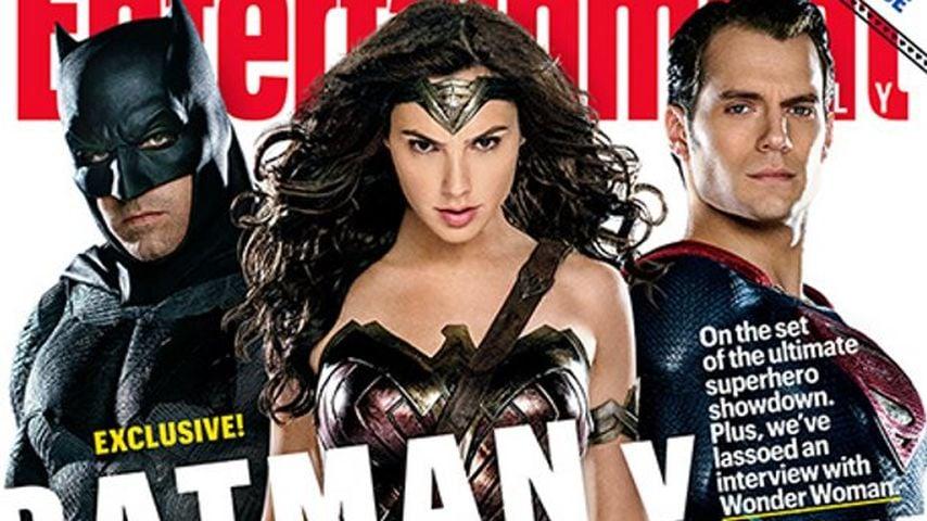 """Batman v Superman"": Hier kommt das Superhelden-Trio!"