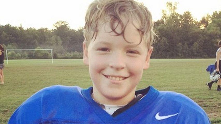 Wessen Sohn ist denn dieser kleine Footballer?