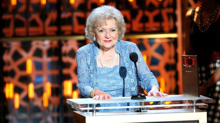"""""""Golden Girls""""-Star Betty White feiert ihren 99. Geburtstag!"""