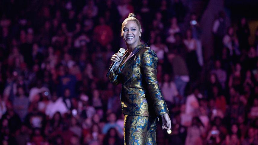 """Beyonce auf der Bühne des """"Tidal X: 1015""""-Events in New York"""