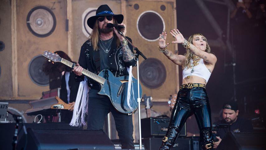 Papas Schuld: Miley Cyrus hat sich als Kind am Kopf verletzt