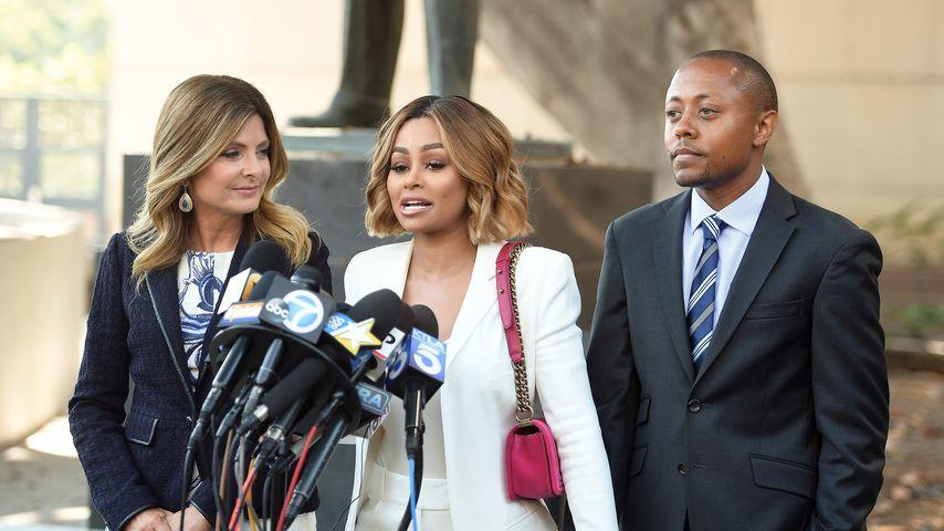 Blac Chyna mit ihren Anwälten Lisa Bloom und Walter Mosley