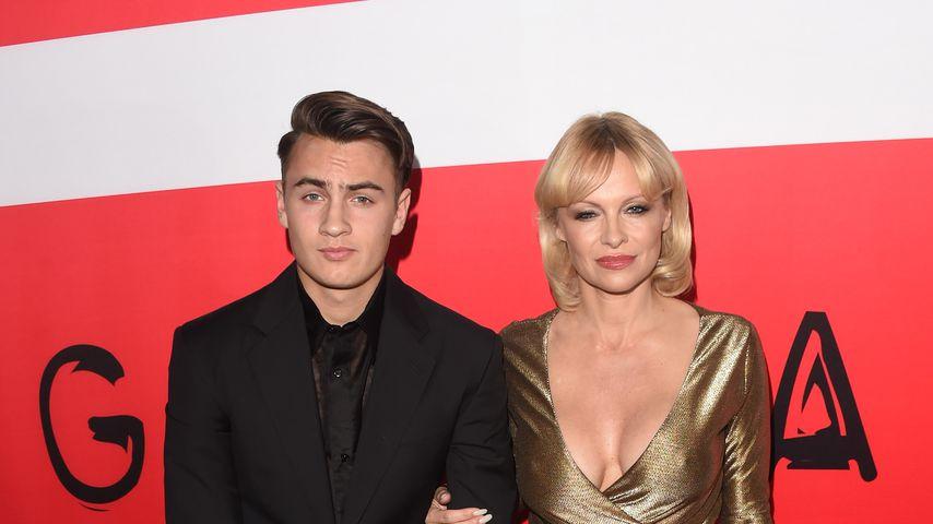 Pamela Anderson mit ihrem Sohn Brandon Lee