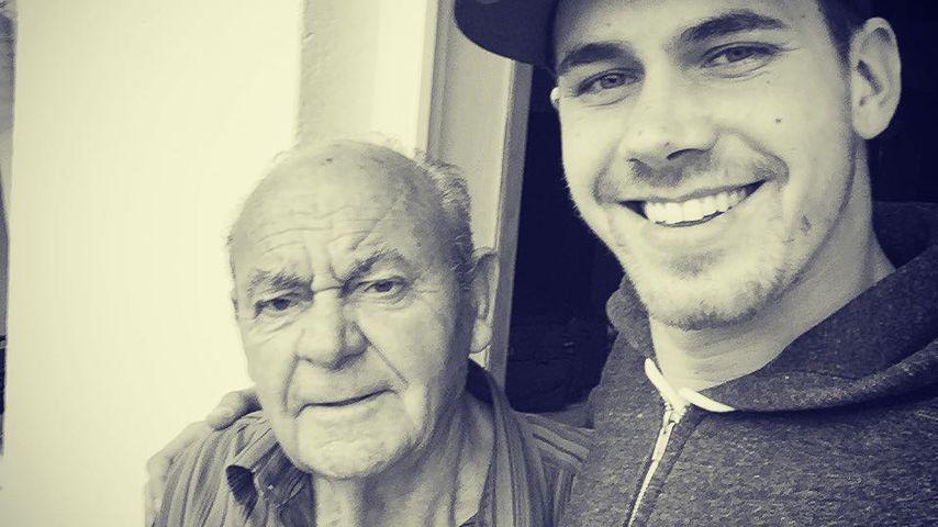 Brian Dwyer und sein Großvater im Oktober 2015