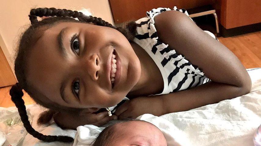 Briana DeJesus' Töchter Nova und Stella Star