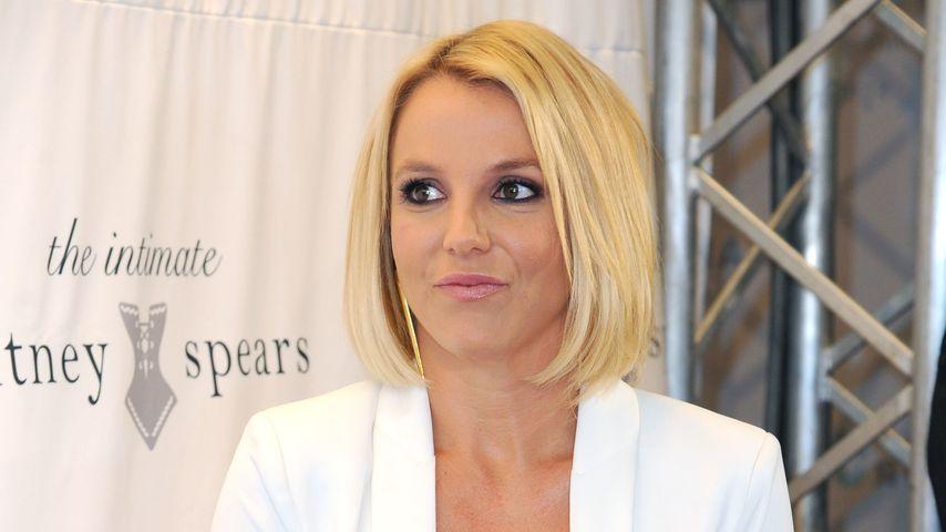 Übler Ausraster: Britney Spears wehrt sich gegen Pöbel-Fan