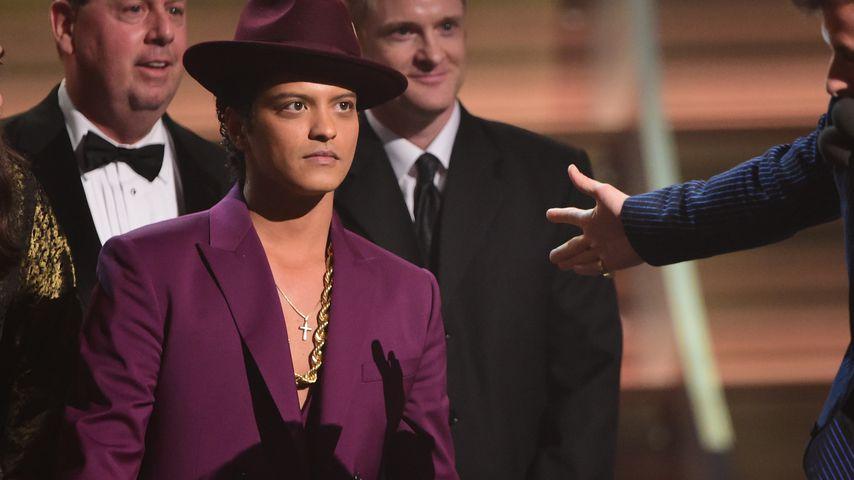 Bruno Mars bei den Grammys 2016