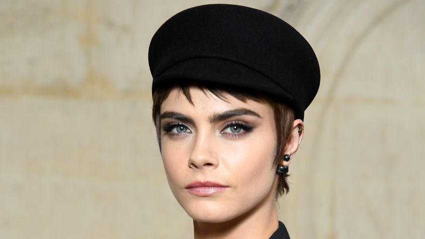 Cara Delevingne bei der Paris Fashion Week 2018