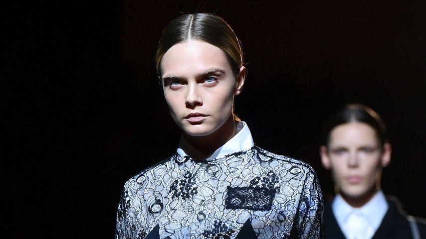 Cara Delevingne auf der Mailand Fashion Week im Februar 2019
