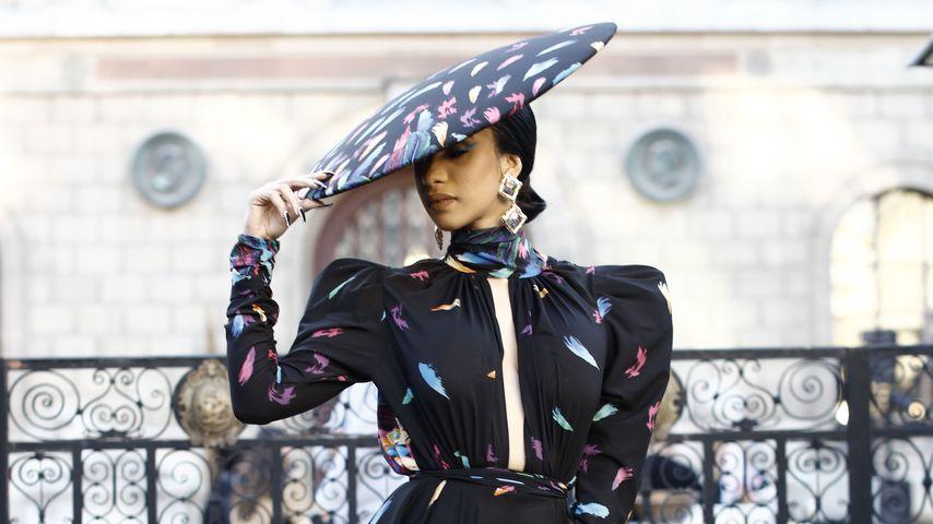 Twin-Alarm: In diesem Outfit sieht Cardi B aus wie Beyoncé!