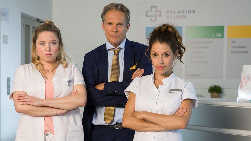 """Caroline Frier, Christian Tramitz und Anna Julia Antonucci in der Serie """"Schwester, Schwester"""""""