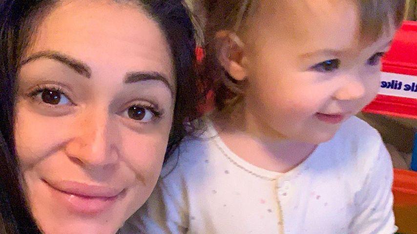 Casey Batchelor und ihre Tochter Florence