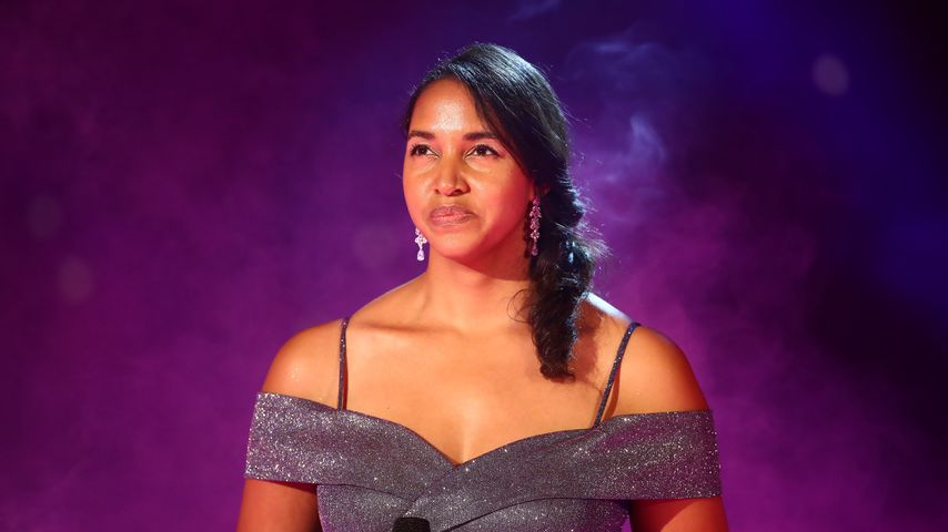 Cassandra Stenn, Sängerin