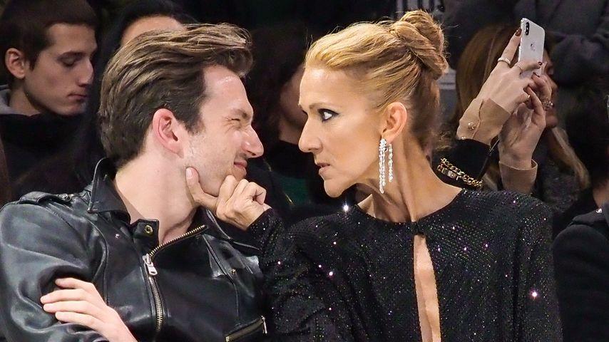 Céline Dion (r.) und Pepe Muñoz auf einer Fashion-Show in Paris