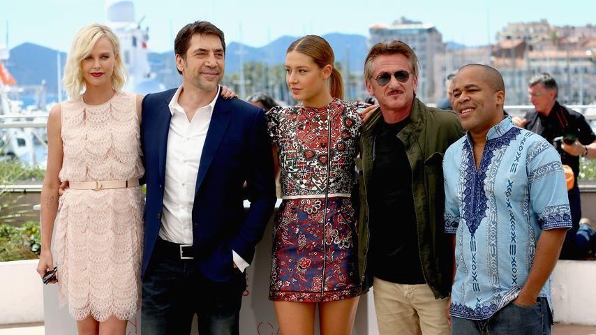 Peinlich! Charlize Theron zu Foto mit Ex Sean Penn gezwungen