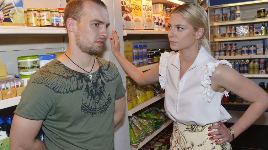 Chris (Eric Stehfest) und Sunny (Valentina Pahde) bei GZSZ
