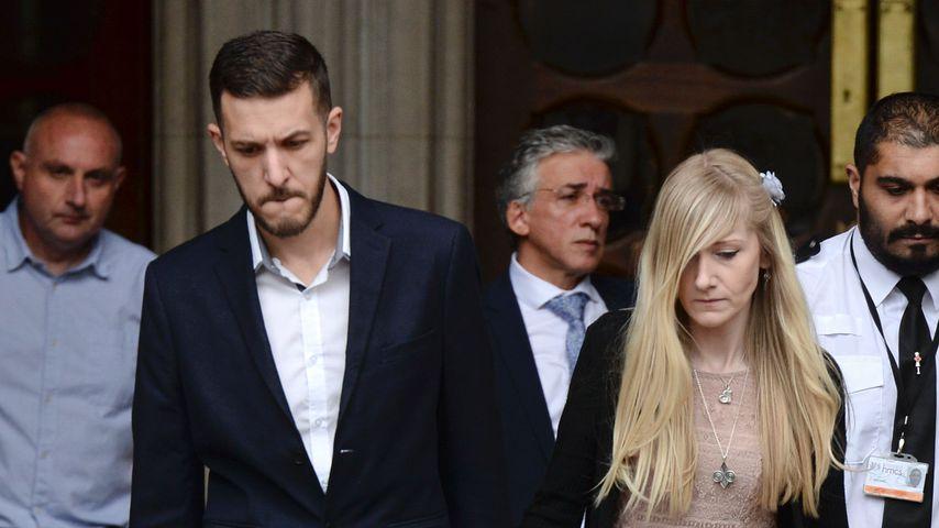 Chris Gard und Connie Yates vor dem Gericht in London
