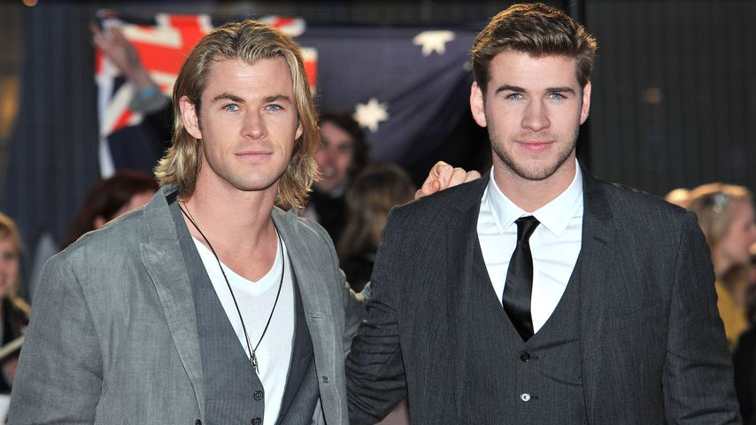 """Chris Hemsworth und Liam Hemsworth bei """"THe Hunger Games""""-Premiere in London"""