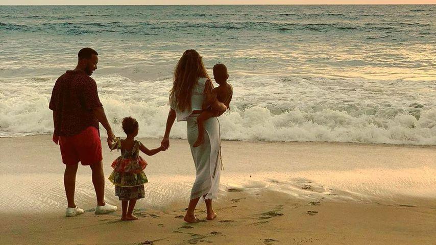 Chrissy Teigen, John Legend und ihre gemeinsamen Kinder