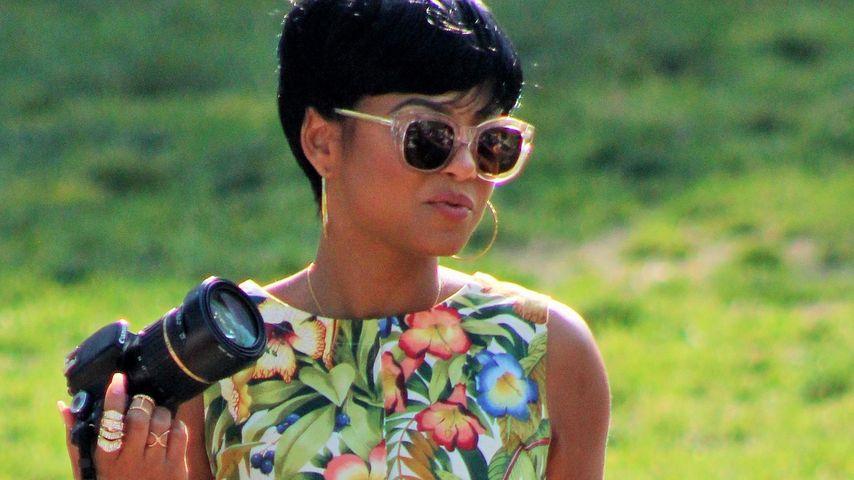 Flotter Kurzhaarschnitt: Christina Milian lässt Haare