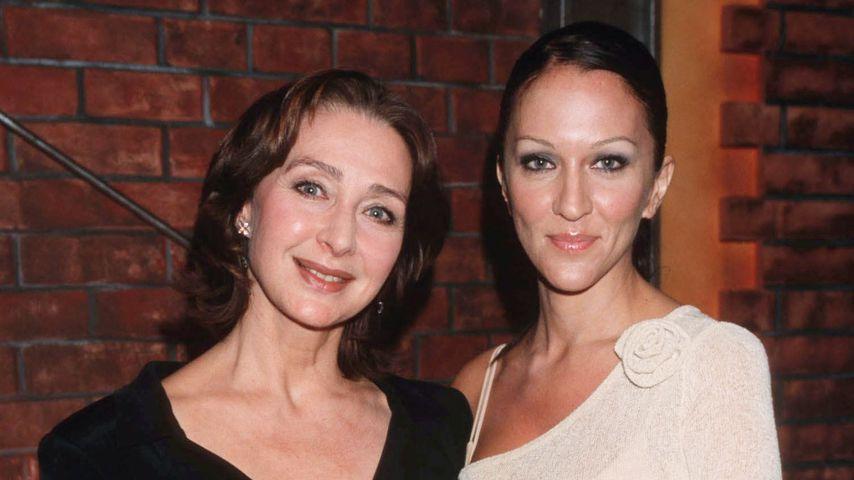 Christine Kaufmann und Tochter Allegra Curtis 2002