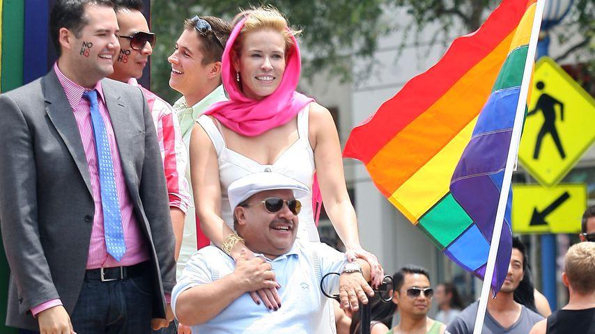 Chuy Bravo und Chelsea Handler bei der Pride Festival Parade 2009