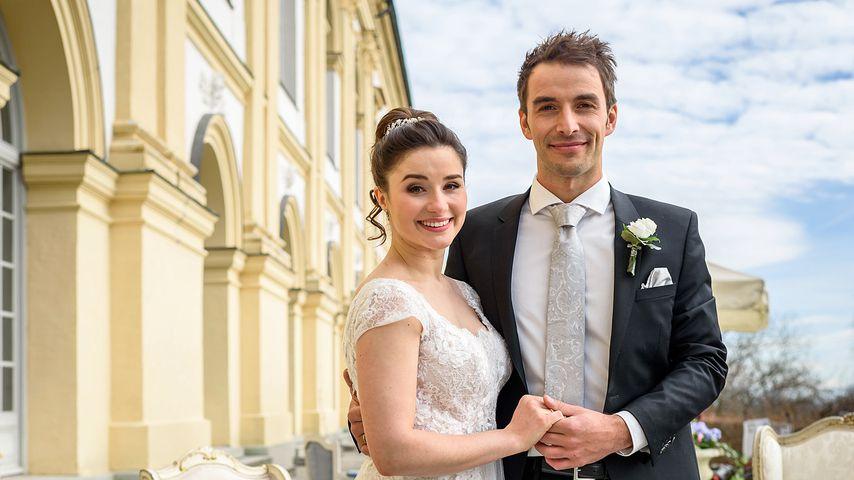 Clara Morgenstern (Jeannine Michèle Wacker) und Adrian Lechner (Max Alberti)
